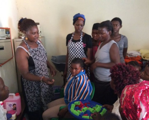 Hairdressing project in Katanga
