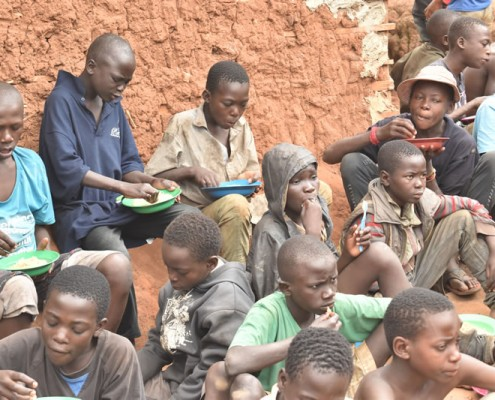 Feeding street boys project