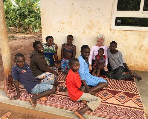 Street children at Gloria and Gertrudes Project